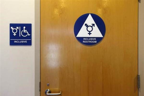 Obama plans on making all bathrooms 'gender-less' before leaving office